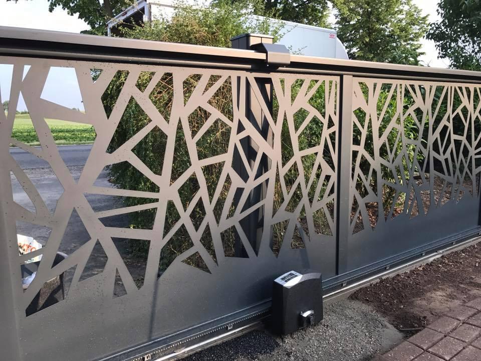 portail aluminium belgique prix fabulous portails alu autoportant profil gui. Black Bedroom Furniture Sets. Home Design Ideas